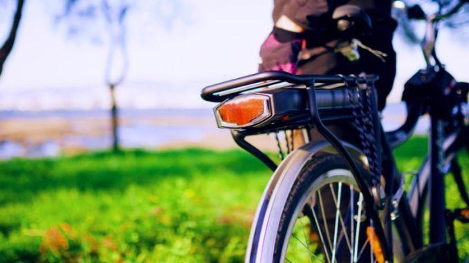 Photo en extérieur d'un Vélo électrique